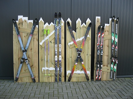 Schutting met ski