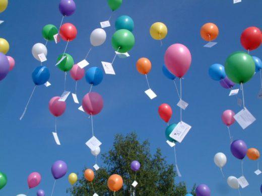 Helium ballon met wedstrijd kaartje ( gevuld )